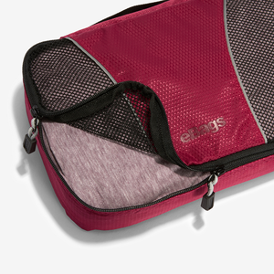 Classic Packing Cubes 3Pc Set in the color Garnet.